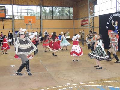 GANARON EN C. COMUNAL    DE CUECA  ESCOLAR 2013