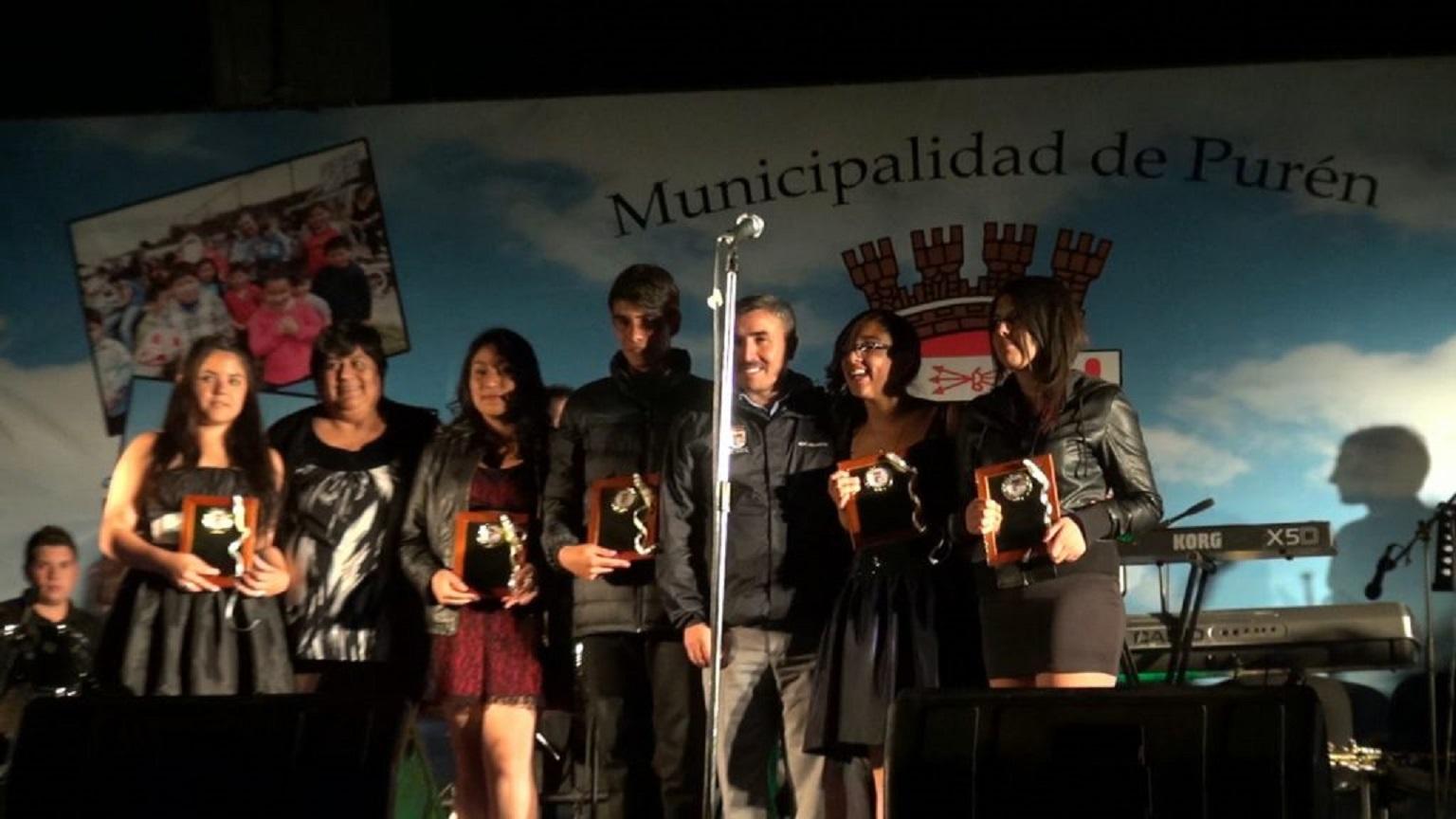 Javiera Henríquez y Estefanía Silva representarán a Purén en el  XXXI Festival de la Frutilla